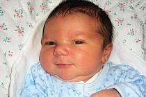 V jičínské porodnici se 25. listopadu narodil  Jáchym Fassmann. Vážil 3650 g a měřil 50 cm, domů do Mnichova Hradiště si ho odvezli rodiče Dagmar a Jan, tam se na něho těšil bráška Adam.