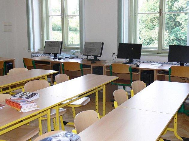 Peckovská škola, září 2009.
