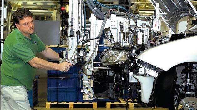 Mezi nejlépe placené dělníky v zemi patří zaměstnanci Škody Auto.