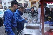 Vánoční trhy v novopacké Střední škole gastronomie a služeb.