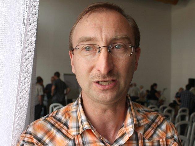 Miroslav Hošek.
