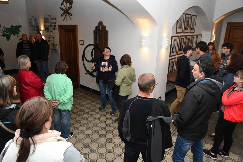 V Lužanech u Jičína bylo opět rušno, a to zásluhou dlouho plánované návštěvy hasičů z Lužan u Přeštic.