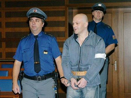 Obžalovaný Roman Majerník před soudem.