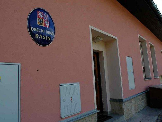 Obecní úřad v Rašíně