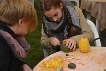 Slavnosti jablek a cibule v Lázních Bělohradě.