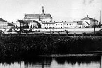 Historické snímky z valdické věznice.
