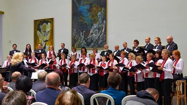 Koncert sboru Foerster v jičínském Porotním sále.