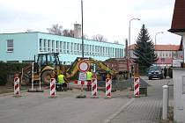 Uzavírka ulice U Javůrkovy louky.