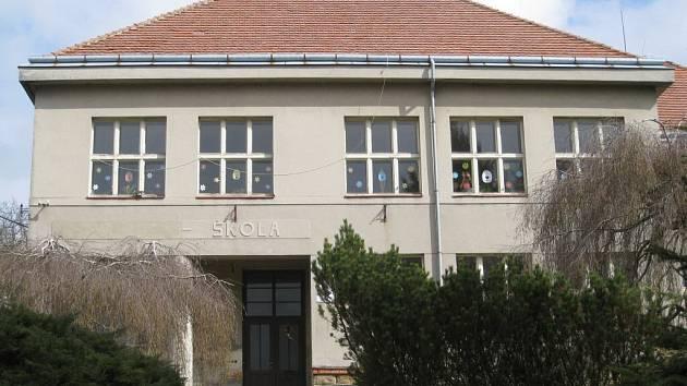 Kozojedská základní škola.