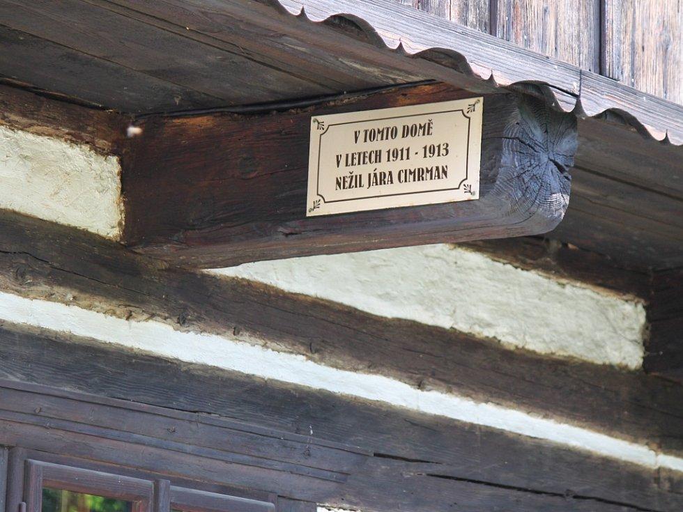 Šrámkova Sobotka - na Šolcově statku.