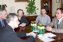 Ze setkání politiků v Libáni.