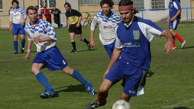 Při utkání Valdic s milíčeveskou rezervou padl pod Zebínem jediný gól, míč skončil v síti hostů.
