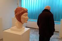 Sochařské portréty v Galerii plastik