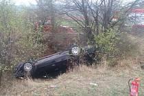 Nehoda volkswagenu u Bílska.
