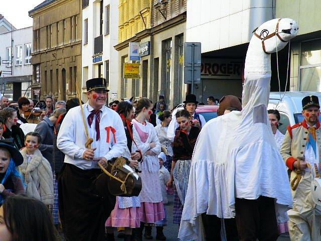Oslavy masopustu v Nové Pace.