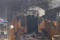 Z požáru ve školce.