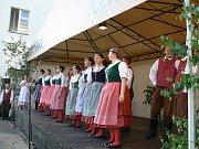 Bělohradský folklorní soubor Hořeňáček.