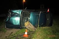 BMW ujíždělo policistům, řidič byl zdrogovaný.