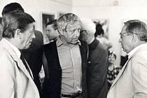 Jiří Holý (vlevo) a Josef Kábrt (zcela vpravo).