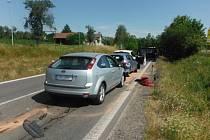 Nehoda několika automobilů u Železnice si vyžádala jednu zraněnou osobu.