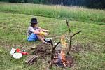 Vaření na otevřeném ohni.