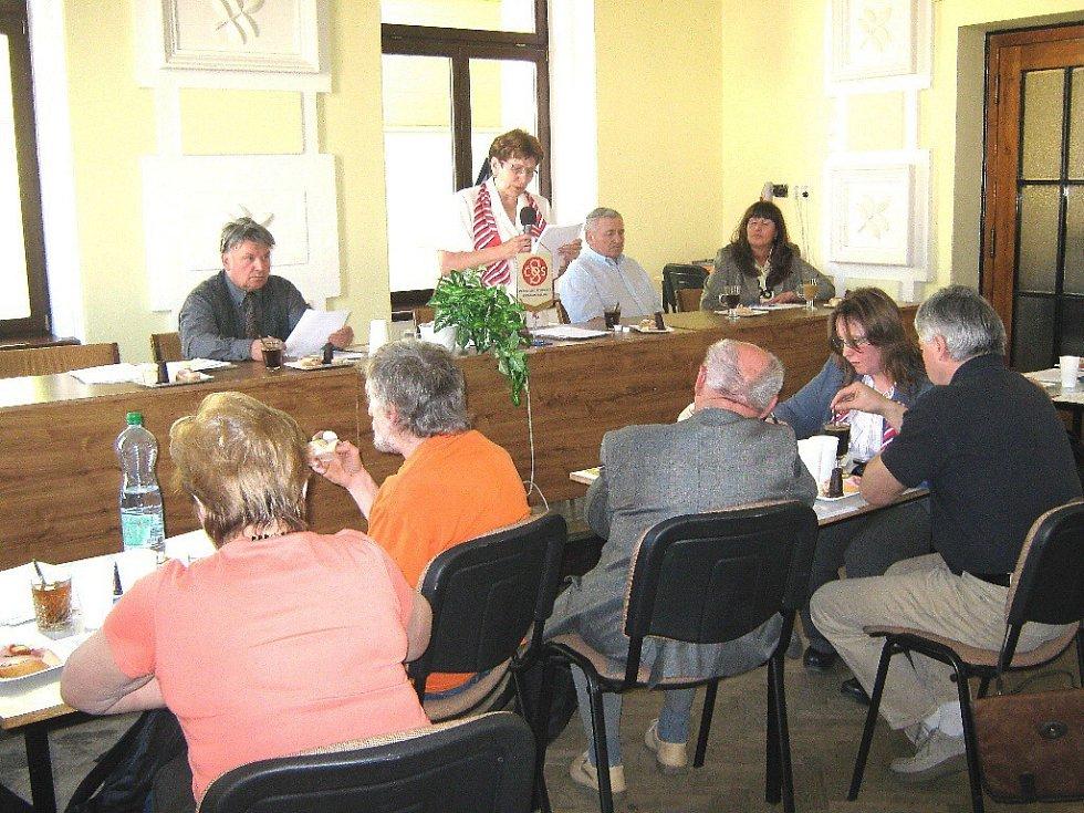 Ze schůze jičínské sokolské župy.