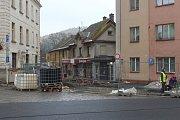 Oprava Komenského ulice v Nové Pace.