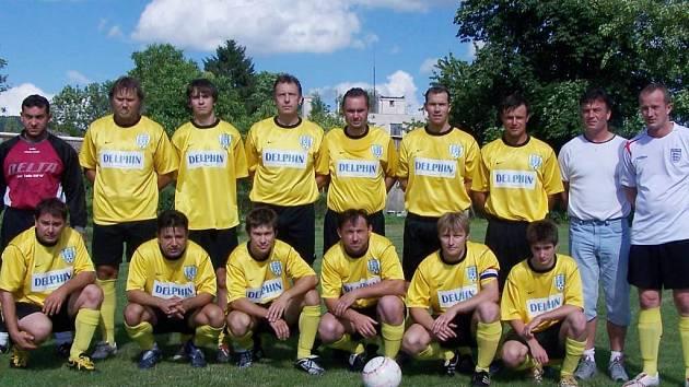 Fotbalisté Staré Paky.