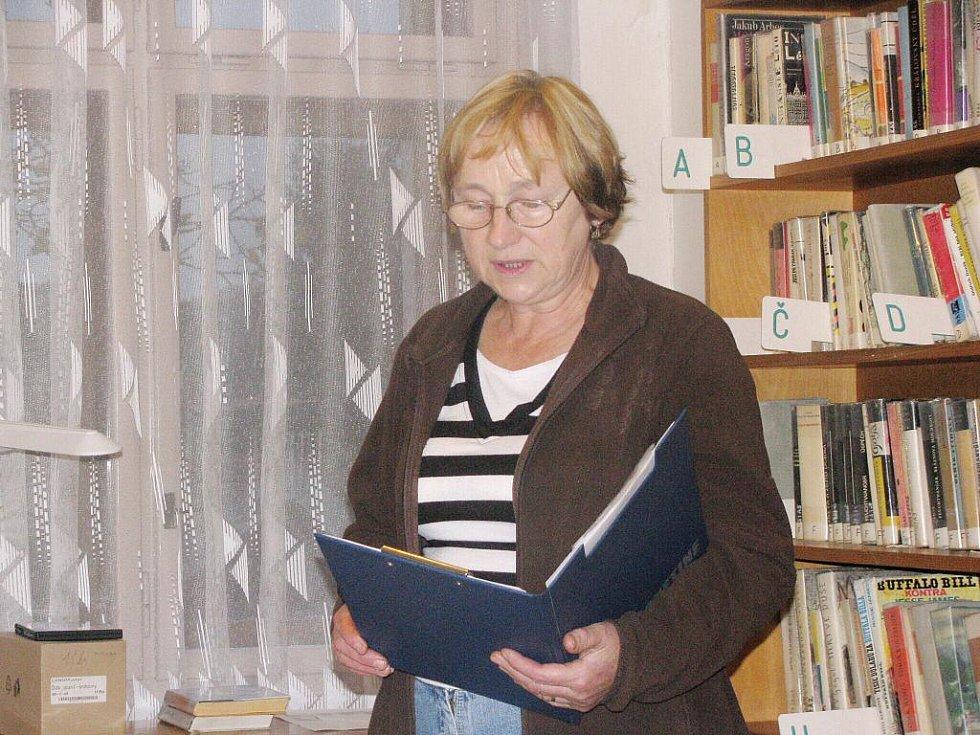 Ostruženská Celerománie v knihovně.