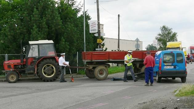Nehoda v jičínské Konecchlumského ulici.