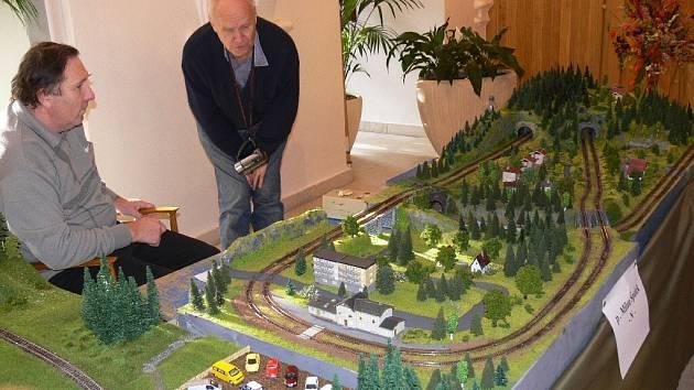 Z výstavy modelů železnic.