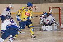 Hokejový zápas BK Nová Paka –  HC Jičín.