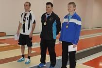 Krajské mistrovství kuželkářů seniorů v Trutnově - JAROMÍR ŠKLÍBA (vpravo) získal třetí místo.