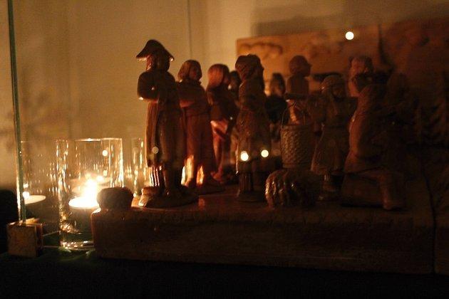 Zahájení adventu si nenechaly ujít stovky místních obyvatel.
