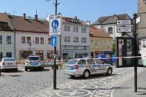 Policisté šetřili případ nahlášené bomby na jičínském městském úřadu.