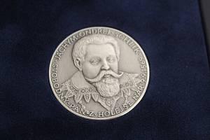 Schlikové si připomínají 450 let od narození a 400 let od popravy českého šlechtice Jáchyma Ondřeje Schlika.