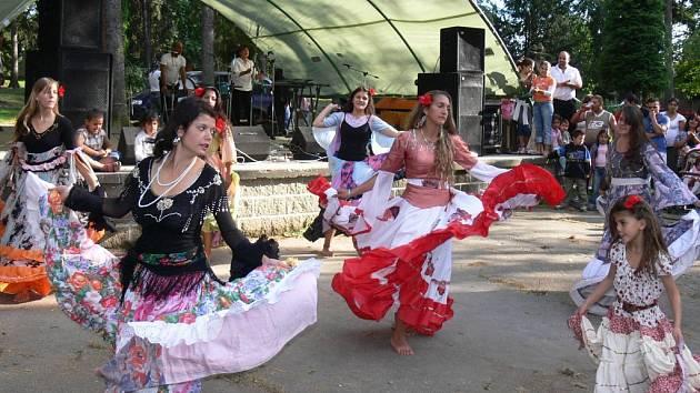 Romské festivaly lákají vždy množství návštěvníků