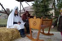 V Roškopově na Novopacku rozsvítí vánoční strom v sobotu. Program je doplněný vystoupením mužského sboru i hranou scénkou.