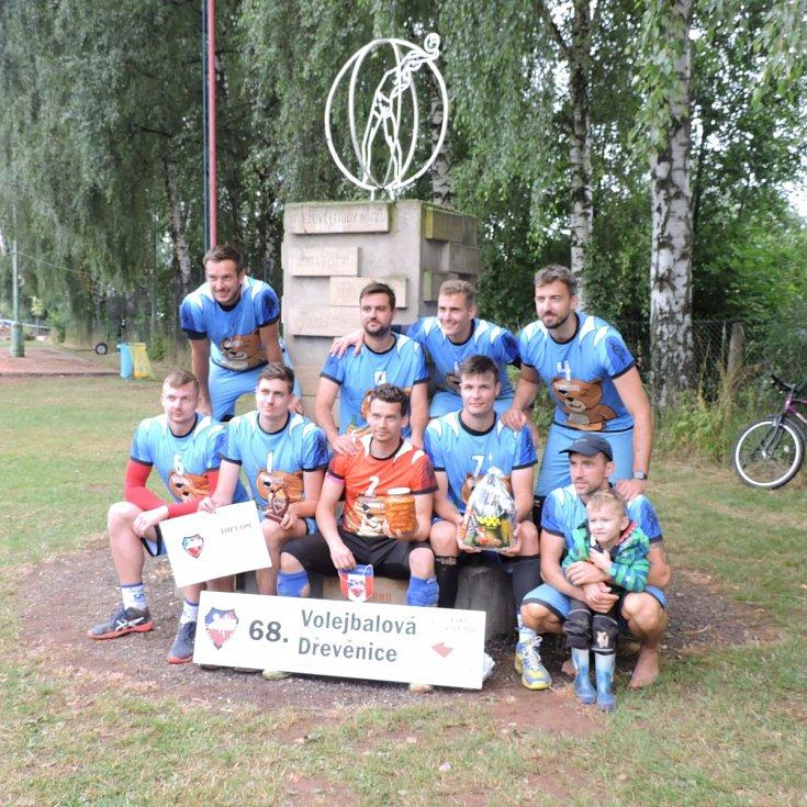 Druzí skončili Rumídci, kteří ve finále padli 0:2 na sety.