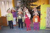 Děti v Mateřské škole Ostružno.