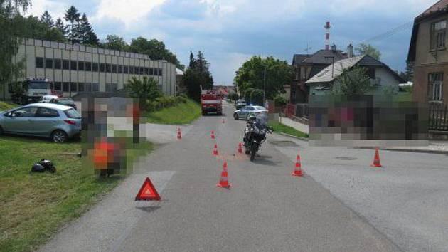 Policisté stále vyšetřují květnovou dopravní nehodu v Hořicích a ocení vaše případné svědectví.
