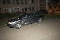 Dopravní nehoda u kruhového objezdu u lipové aleje.