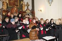 Koncert sboru Foerster v Bukvici.