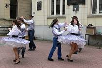 Vystoupení taneční skupiny Karolína.