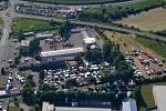 Letecký pohled na areál závodiště.