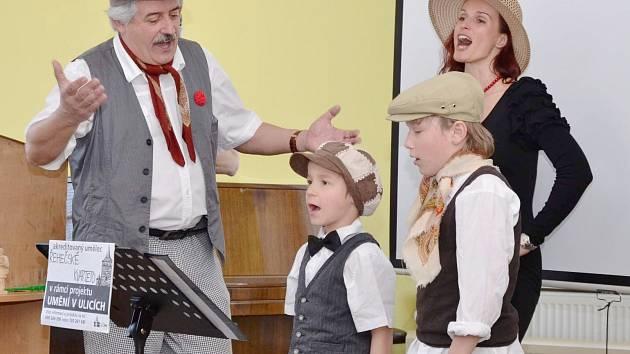Řehečské kvarteto patří neodmyslitelně k Řehečské slepici.
