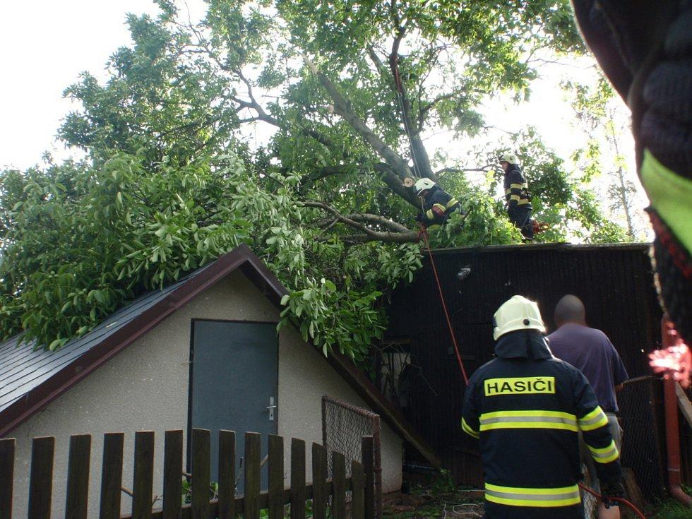 Ve čtvrtek 21. 6. zaznamenali krajští hasiči 60 událostí.