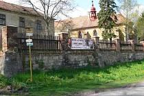 Ze zámku Staré Hrady, nyní v majetku Rudolfa Suka.