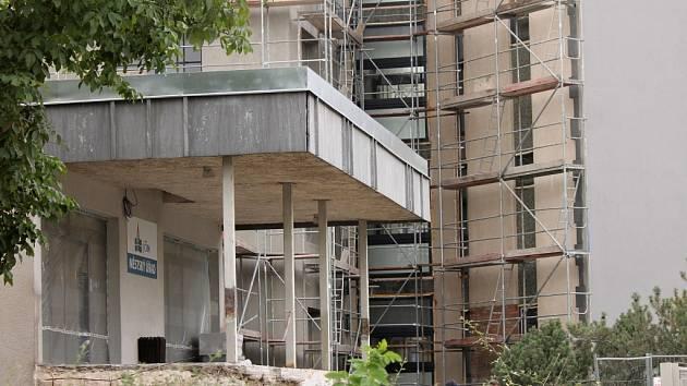 Rekonstrukce budovy jičínského městského úřadu.