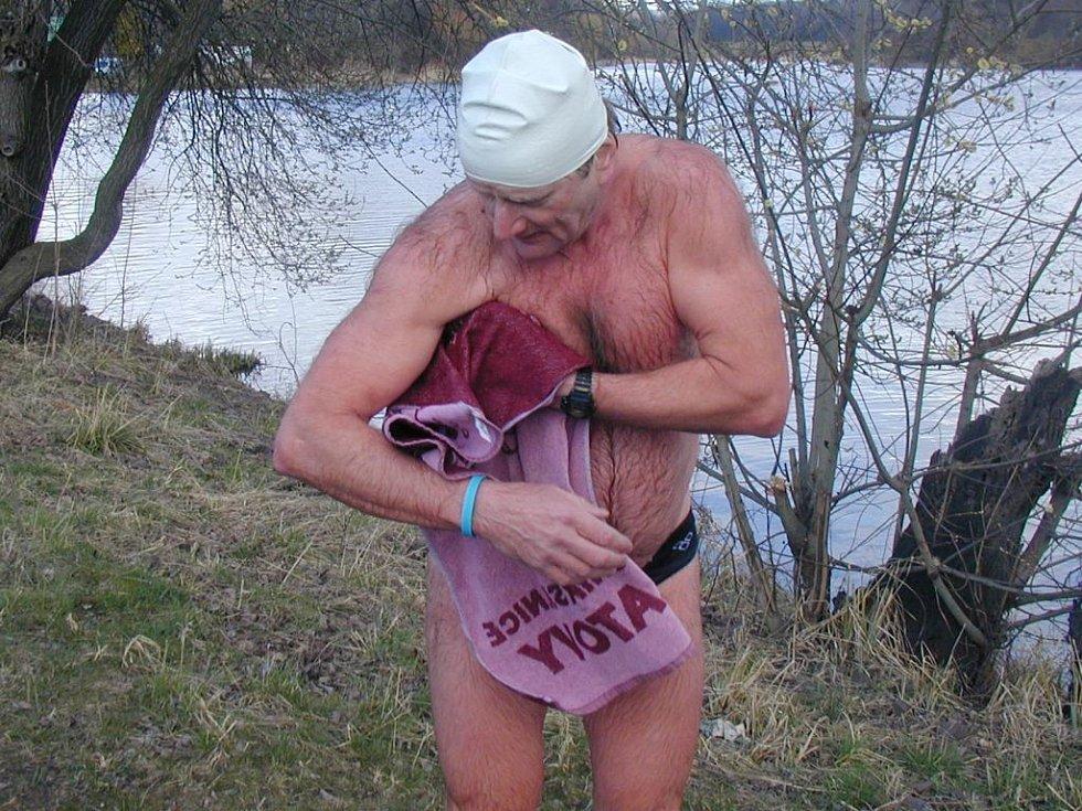 Plavec Milan Řípa po výkonu.
